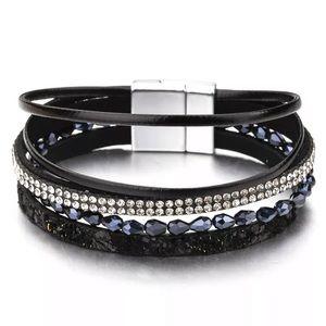 Jewelry - 1 LEFT 🎀3/$23🎀 Crystal Leather Wrap Bracelet